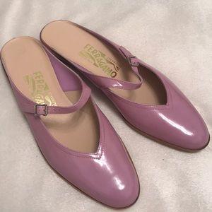 Gorgeous Salvatore Ferragamo pink leather slides